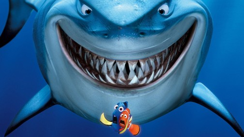 hiu di laut