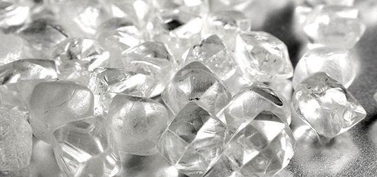 Berlian Mentah Jernih