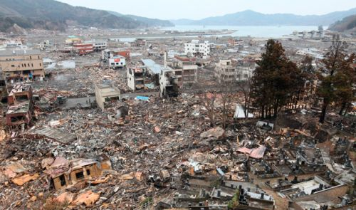 japan-tsunami-double-wave-March 2011