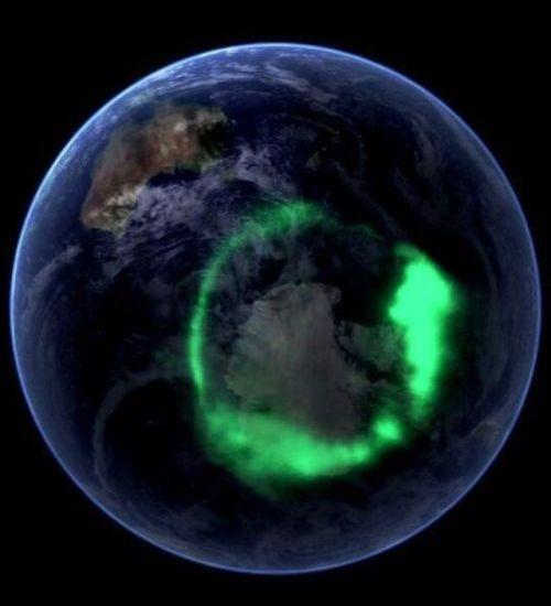 Aurora dilihat dari luar angkasa
