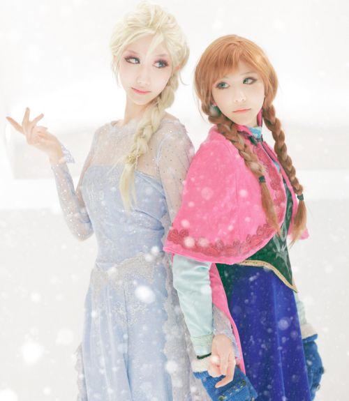 Foto Anna dan Elsa Frozen 2