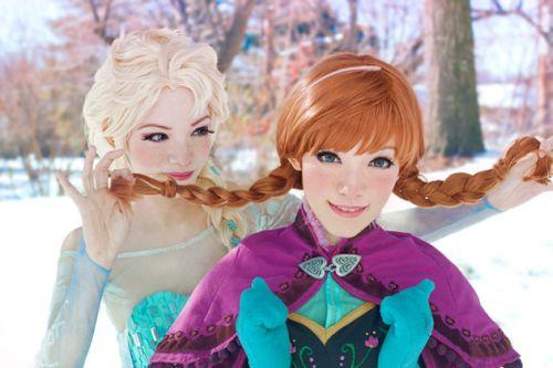 Foto Anna dan Elsa Frozen