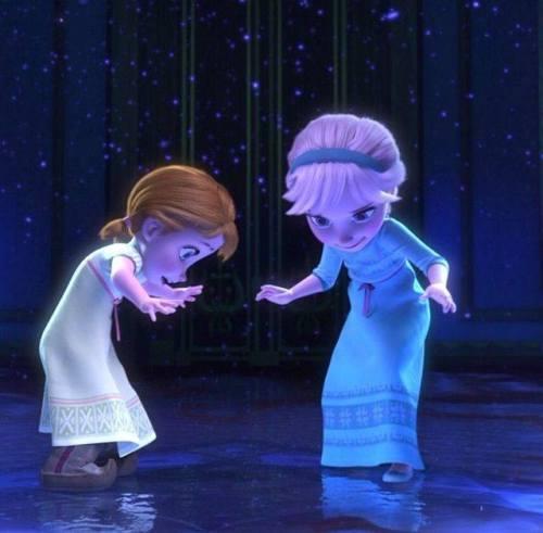 Gambar Foto Anna Elsa Frozen Kecil 3 Lampu Kecil