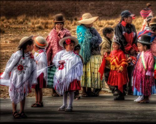 Kehidupan di Desa dan Kota Bolivia