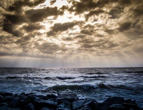 Lautan dan cakrawala