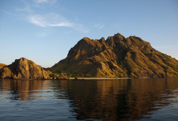 Keindahan Komodo Island